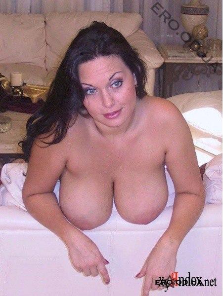 фото голых домохозяек с большой грудью